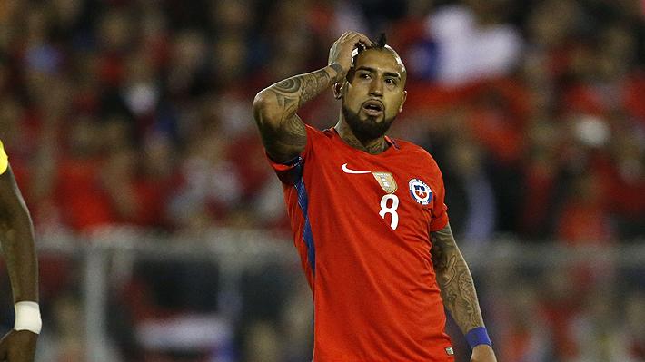 """""""Fiestas, alcohol y soberbia"""" y """"Vidal, el borracho de Chile"""": Así ven en el mundo las acusaciones contra el volante"""