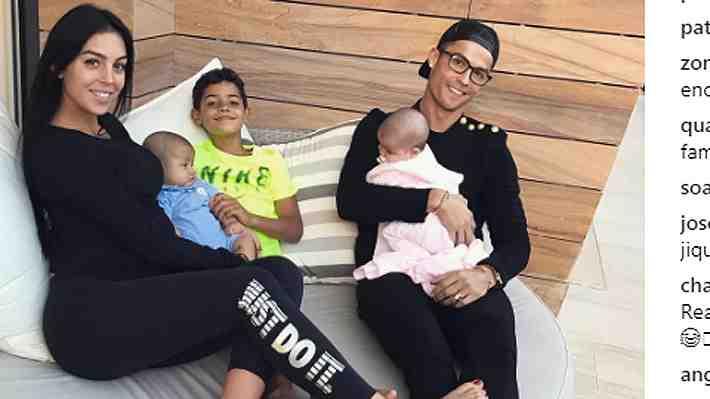Georgina Rodríguez muestra su felicidad familiar a un mes de dar a luz