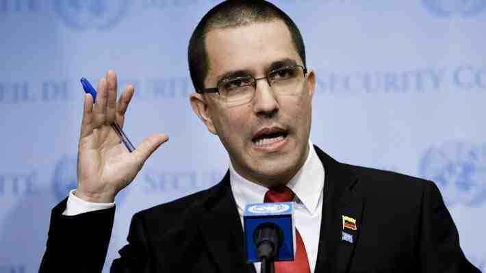 """Canciller venezolano rechaza asilo a jueces en Chile y acusa a Muñoz de """"esclavo de la ultraderecha""""..."""