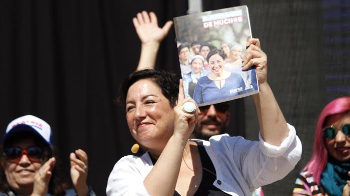 Beatriz Sánchez presenta su programa de gobierno con costo anual de US$13.400 millones