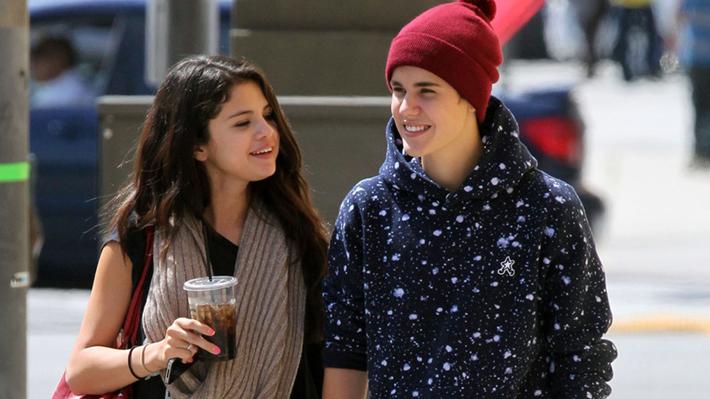 Como en los viejos tiempos: Justin Bieber y Selena Gomez son fotografiados juntos mientras The Weeknd está de gira
