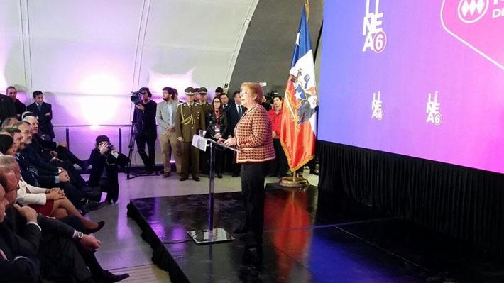Bachelet recalca que origen de Linea 6 se dio en su primer gobierno en la inauguración oficial de la vía