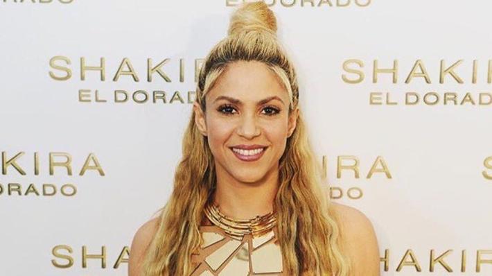 """Shakira suspende el inicio de su gira: """"Mis doctores me han ordenado un descanso total de la voz"""""""