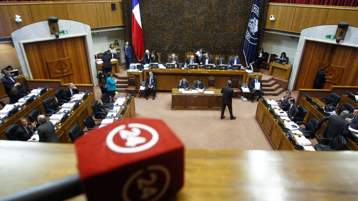 Senado aprueba capitalización de TVN con la abstención de Chile Vamos