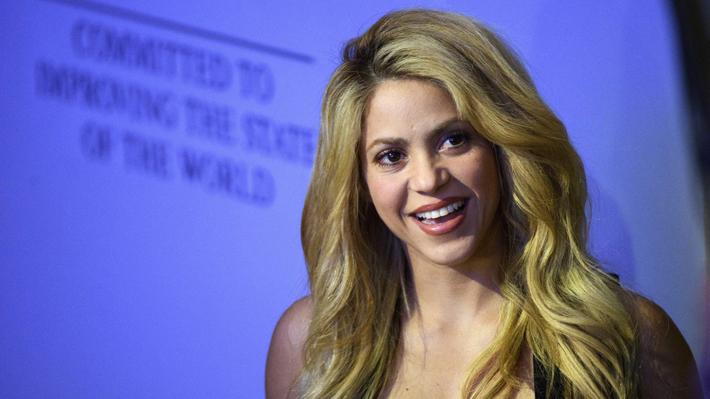"""Shakira suspende más fechas de su gira y se ve involucrada en los """"Paradise Papers"""""""