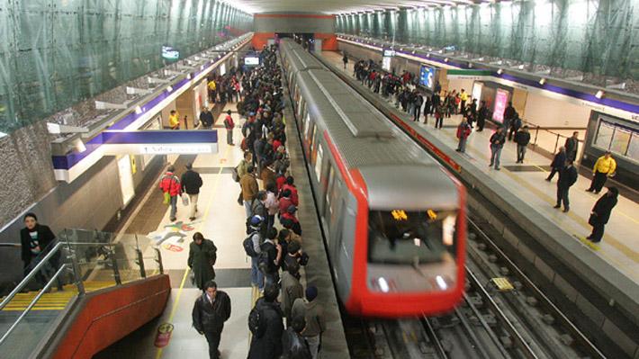 """Municipios por gratuidad de Metro para elecciones: """"Me gustaría que no fuese por la conveniencia puntual de una candidatura"""""""