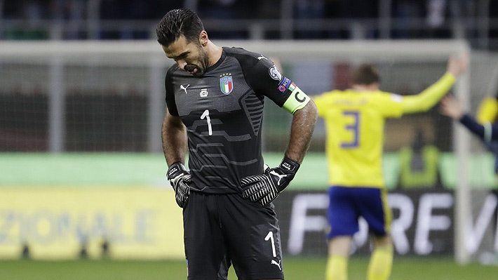 """Entre lágrimas, Buffon se despidió de su selección después que Italia quedara sin Mundial: """"Es feo terminar así"""""""