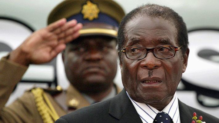¿Qué pasa en Zimbabwe?: El caótico escenario que vive el país africano marcado por una intervención militar