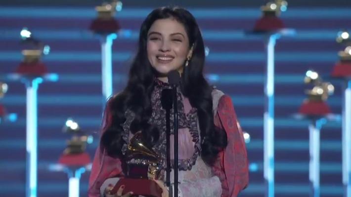 ¡Felicitaciones para Mon Laferte! De Michelle Bachelet a Don Francisco saludan a la cantante por su primer Grammy Latino