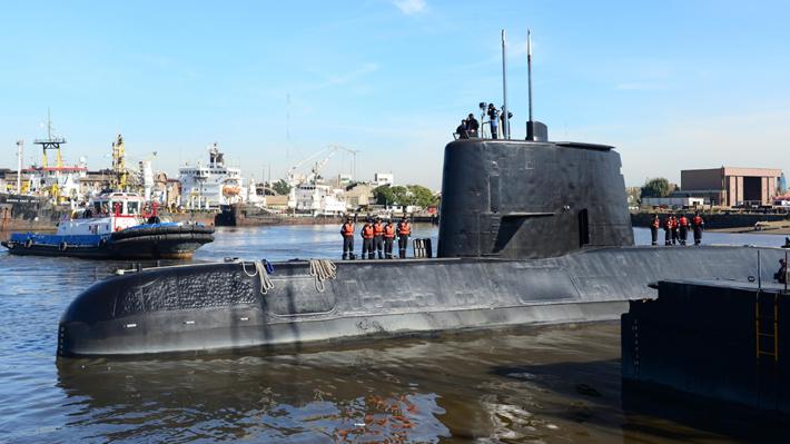 """Macri dice que utilizarán todos los recursos para encontrar submarino """"lo antes posible"""""""