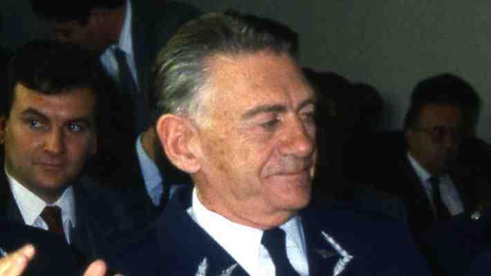 Muere general Fernando Matthei, primer miembro de la dictadura en reconocer el triunfo del No en 1988