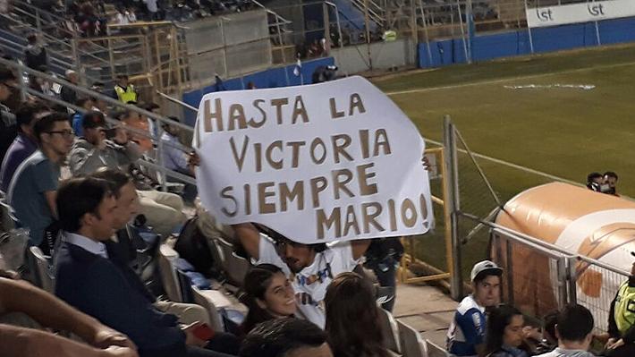 Se despidió con un beso de su hijo, pero sin reconocimientos: Cómo vivió Mario Salas su último partido de la UC en San Carlos