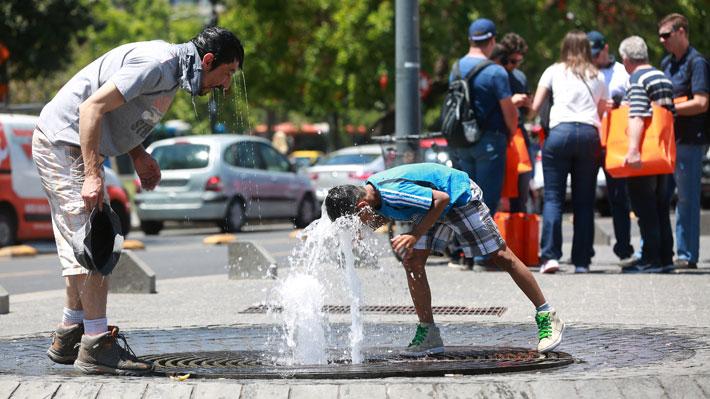 Meteorología anuncia ola de calor con máximas de hasta 35° este fin de semana entre Coquimbo y Los Lagos