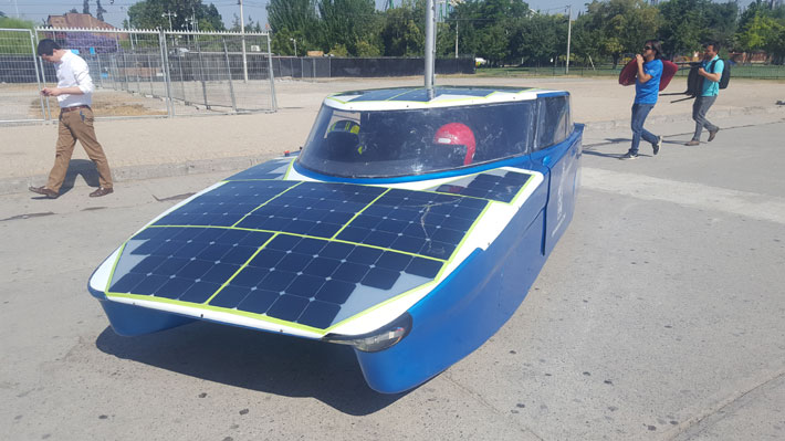 "Auto solar creado por universitarios realizará un ""desafío de nivel mundial"""