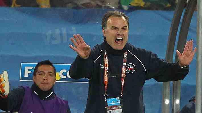 """La ANFP contactaría a Bielsa. ¿Quieres que el DT argentino regrese a """"La Roja"""" o crees que ya pasó su momento?"""