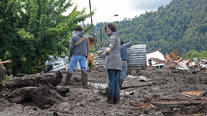 Las tres teorías que explicarían el deslizamiento de tierra en Villa Santa Lucía
