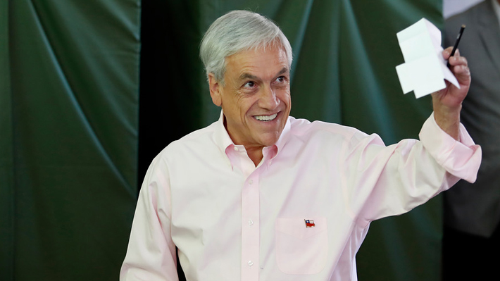 """Prensa internacional destaca triunfo """"contundente"""" del """"conservador"""" Piñera"""