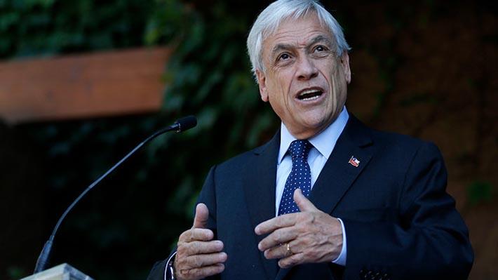 """Piñera asegura coordinación entre sus equipos y el Gobierno para """"garantizar continuidad"""""""