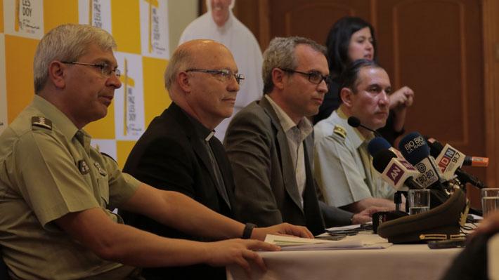"""Organizadores de la visita del Papa celebran opción de feriado para Santiago: """"Es la mejor solución"""""""