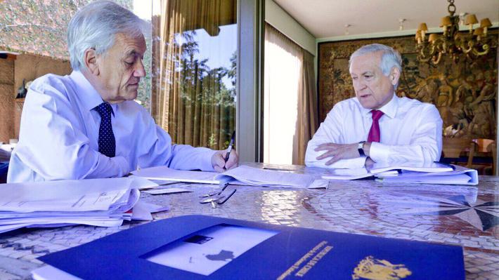 """Canciller tras reunión con Piñera: """"Tuvimos una conversación muy importante sobre los dos casos en La Haya"""""""