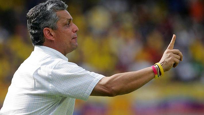 """La inesperada traba que podría complicar la llegada del técnico Reinaldo Rueda a la """"Roja"""""""