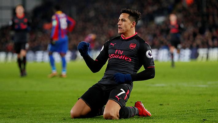 Uno parecido al de Marcelo Salas en Wembley: Mire el doblete de Alexis en triunfo del Arsenal