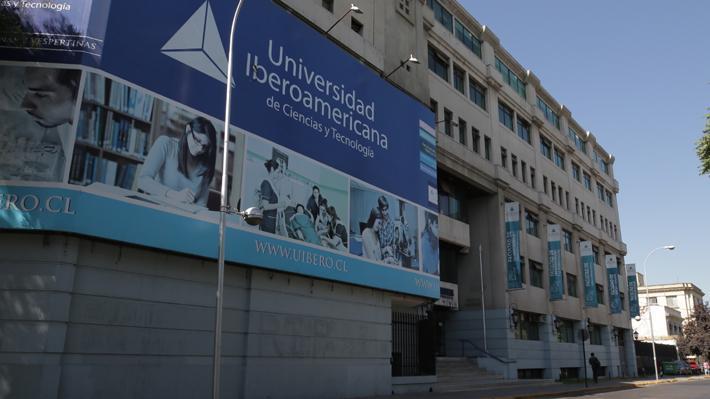 Mineduc confirma cierre de la U. Iberoamericana tras crisis financiera