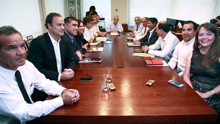 Piñera recibe propuestas de nombres para cargos de gobierno e inicia bilaterales con partidos
