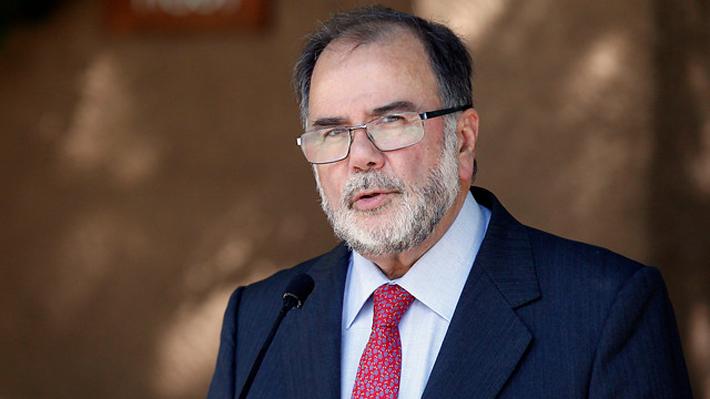 """Ministro de Economía y visita de Bachelet a Cuba: """"Todos estos viajes donde van empresarios son muy positivos"""""""