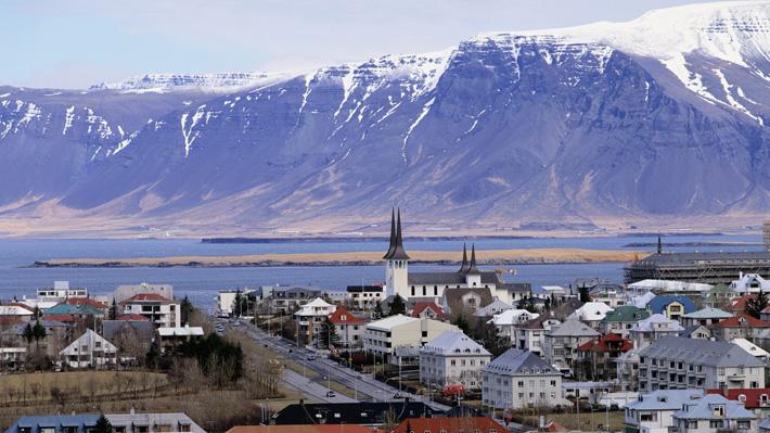 Islandia es el primer país en abolir la brecha salarial entre hombres y mujeres