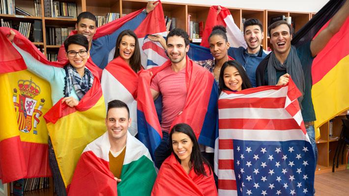 Estudiantes de intercambio: ¿Quiénes son los extranjeros que vienen a estudiar a Chile?