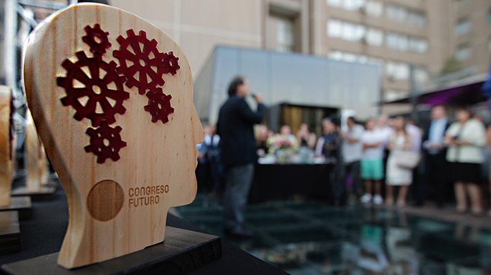 Congreso del Futuro retorna con mayor participación femenina: un tercio de expositores son mujeres