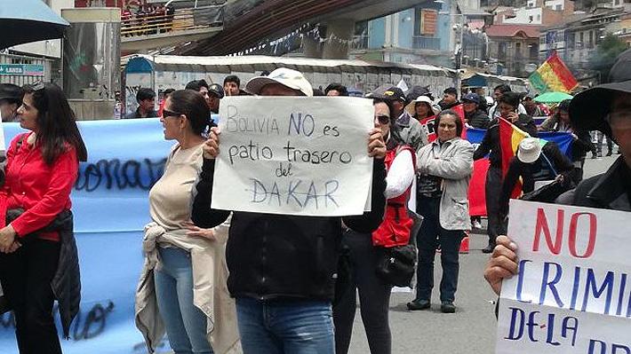 """""""¡No queremos más Dakar carajo!"""": Las duras manifestaciones políticas que tensionaron la llegada de la prueba a Bolivia"""