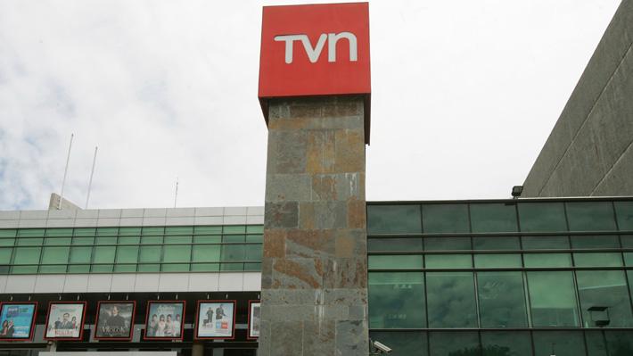 Renuncias en el directorio de TVN: Acusan ausencia de plan estratégico para enfrentar la crisis financiera