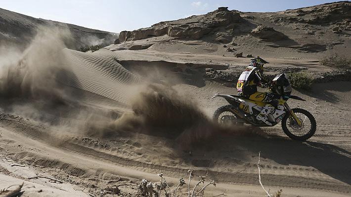 Quintanilla mantiene su puesto en la General tras superar una dura etapa, pero se le aleja más la cima en el Dakar