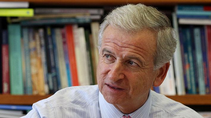 """Felipe Larraín asegura que cualquier alteración en el ranking del Banco Mundial """"sería una situación muy grave y repudiable"""""""