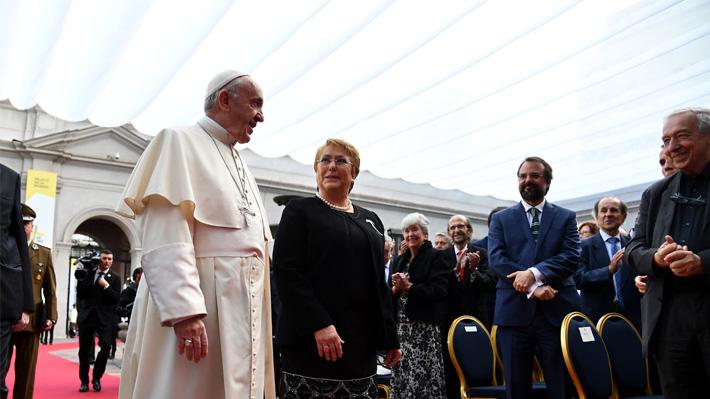 Bachelet subraya que esfuerzos de su Gobierno van en línea con el mensaje del Papa Francisco