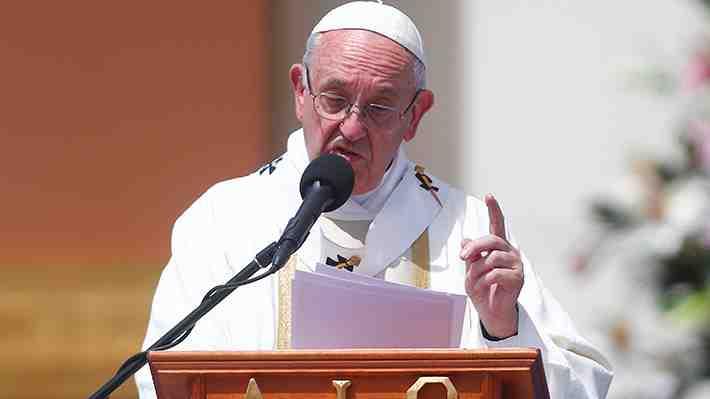 """Francisco por obispo Barros: """"El día que me traigan una prueba voy a hablar"""". ¿Qué opinas?"""