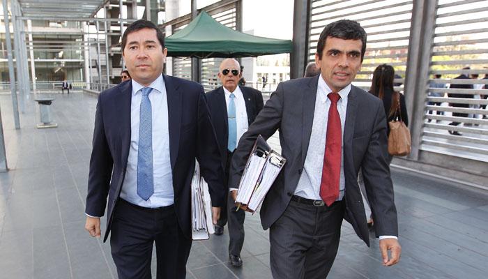 Fiscales Gajardo y Norambuena renuncian al Ministerio Público por desacuerdo en enfoque de caso Penta
