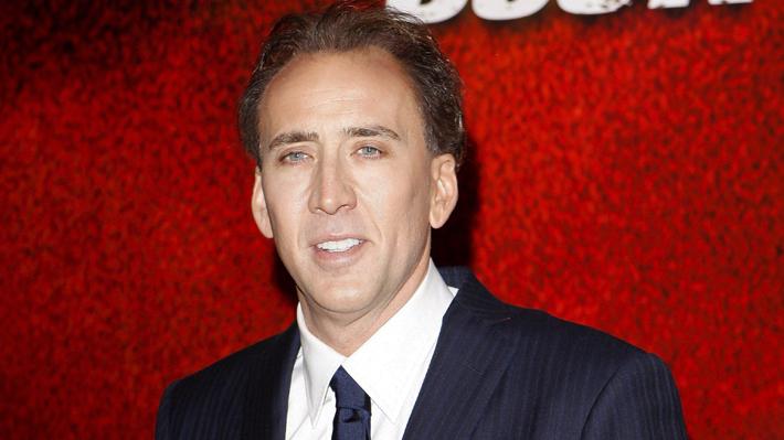 Fósiles de dinosaurios y una tumba pirámide: Los gastos de Nicolas Cage que acaban con su fortuna