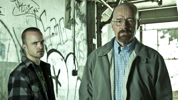 """Guionistas y actores de """"Breaking Bad"""" revelan a 10 años de la serie: """"No había posibilidad de que Walt viviera"""""""