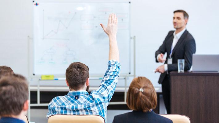 Expertos opinan: ¿Qué factores considerar al elegir un diplomado?