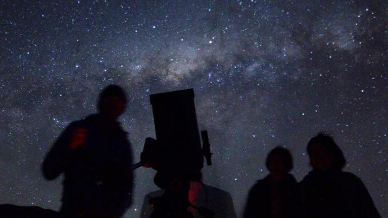 Los exoplanetas más distantes: Descubren por primera vez formaciones de este tipo fuera de la Vía Láctea