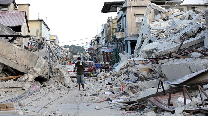 Acusan a ONG de haber contratado a prostitutas durante misión humanitaria en Haití