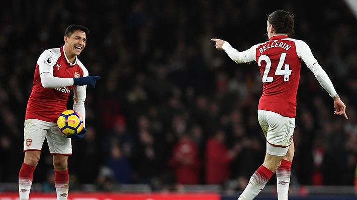 Jugador del Arsenal explica cómo era la relación con Alexis y por qué no quisieron celebrar un gol del chileno