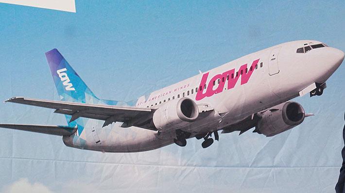 Problema operacional de LAW deja a pasajeros esperando varios días en Rep. Dominicana y Santiago