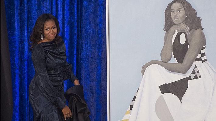 """Retrato de Michelle Obama genera confusión en redes: """"Es otra persona"""""""