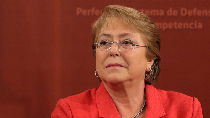 """De Caval a """"Huracán"""": Los complejos veranos de la Presidenta Bachelet en su segundo gobierno"""