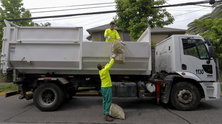 Reciclaje en Chile: Los Ríos es la región que más separa sus residuosy Arica y Parinacota la que menos
