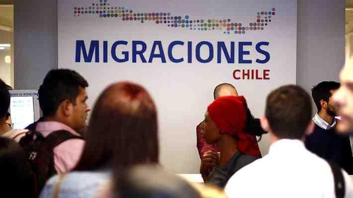 """Ley de Migraciones: Un gran """"pendiente"""" del gobierno de Bachelet. ¿Qué piensas?"""
